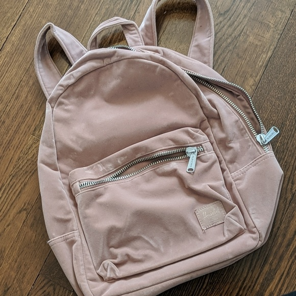 5f0de0f476c Herschel Supply Company Bags